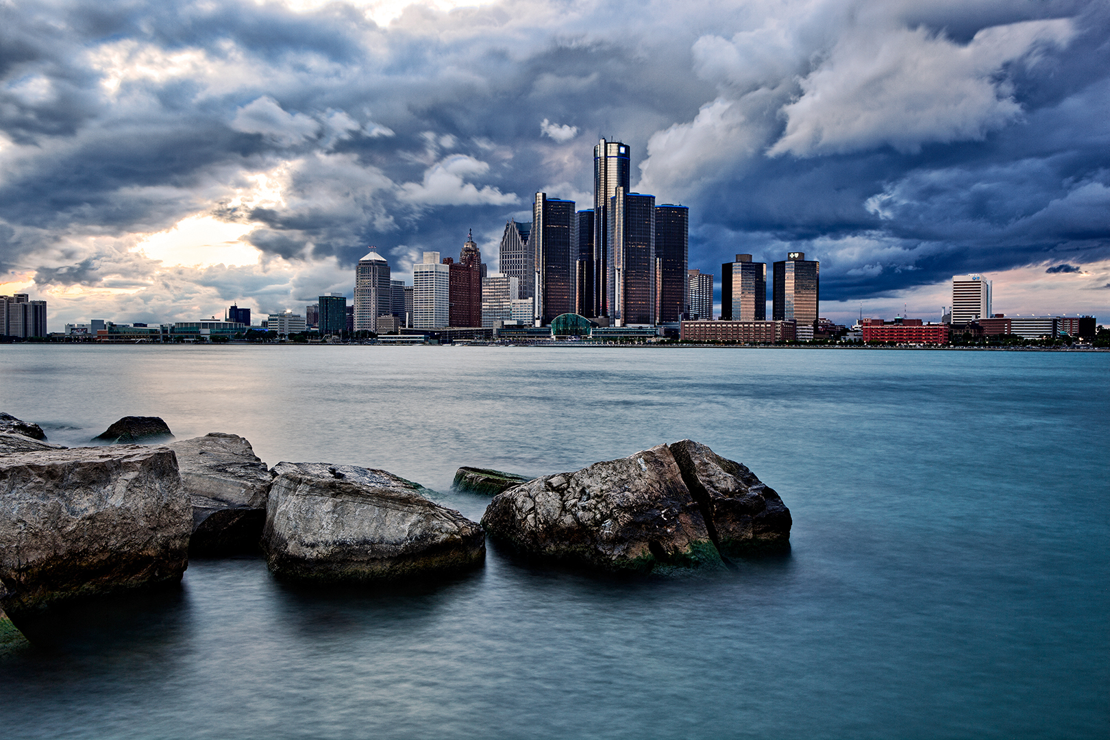 Detroit on the rocks for Landscaping rocks canada