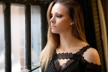 Windsor Portrait Photographer - Shelby